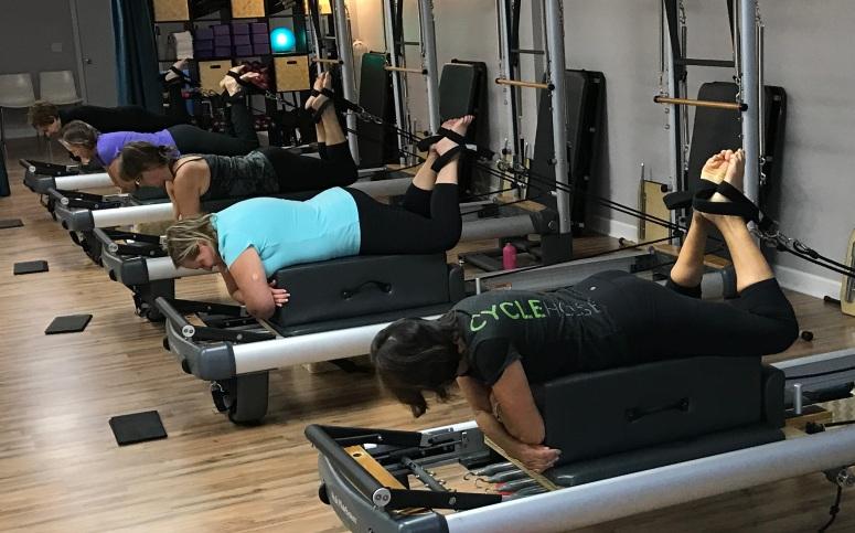 pura-vida-pilates-reformer0243
